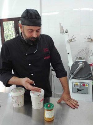 """Viterbo - Il laboratorio di pasticceria di Casantini """"Rosa Thea"""""""