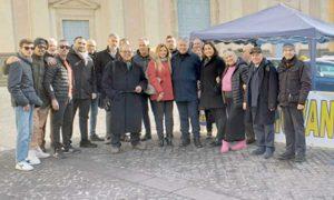 Ronciglione - La Lega davanti al comune