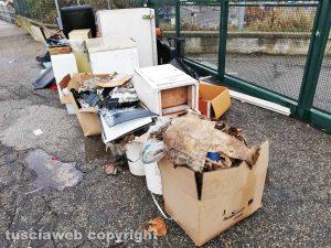 Viterbo - Il centro raccolta rifiuti del Riello