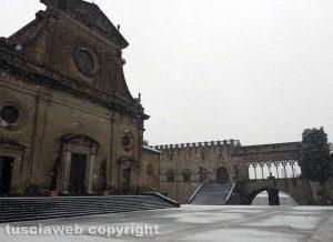 Maltempo - La neve a Viterbo - Piazza San Lorenzo