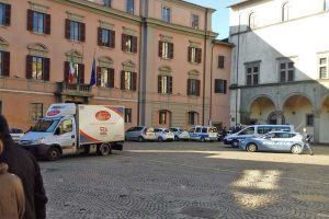 Viterbo - Incidente stradale a piazza del Comune