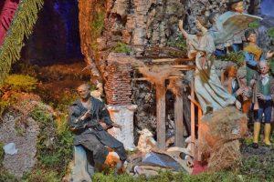 Viterbo - Il presepe allestito alla Chiesa della Santissima Trinità