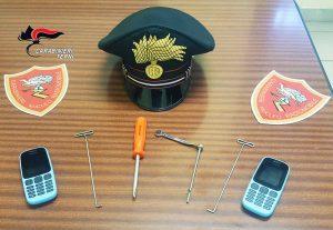 Terni - Tentato furto - Il materiale sequestrato dai carabinieri
