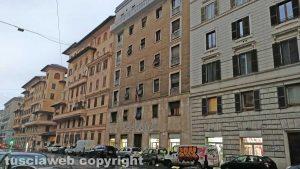 Roma - Il palazzo occupato da Casapound