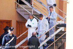Ronciglione - I Ris e il Pm Franco Pacifici sul luogo della tragedia