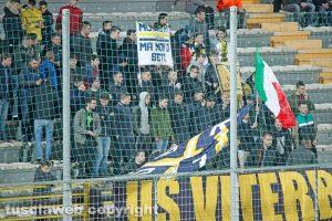 Sport - Calcio - Viterbese - I tifosi in curva