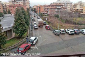 Viterbo - Sosta selvaggia in via Monti Cimini