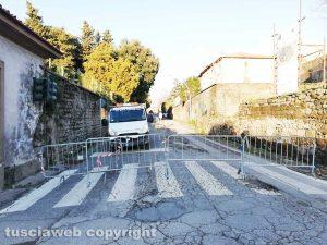 Viterbo - Via del Pilastro chiusa al traffico