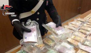 Carabinieri - I soldi sequestrati