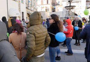 Sutri - La manifestazione contro il cambiamento del senso di marcia nel centro storico