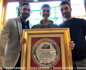 Mariano Buzzi con gli allenatori Carmine Cirillo e Dario Vangeli