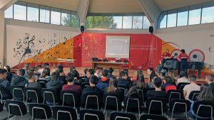 Viterbo - L'associazione nazionale carabinieri - Protezione civile incontra gli studenti dell'Egidi