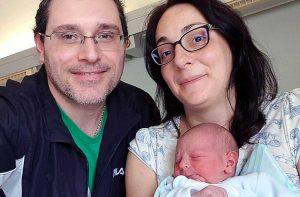Gabriele Chiaravalli con papà Massimo e mamma Ambra