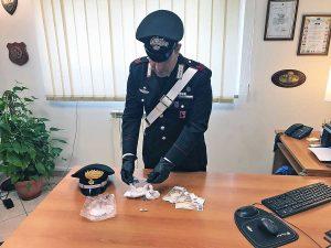 Cerveteri - Cocaina nascosta nella fattoria - La droga sequestrata dai carabinieri