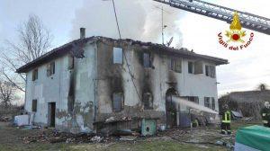 Bologna - L'intervento dei vigili del fuoco
