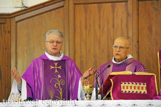 Viterbo - Don Egidio Bongiorni e monsignor Carlo Bellocchio