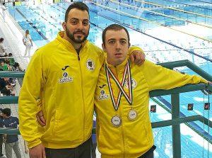 Sport - Nuoto - Alessandro Pacchiarotti con le medaglie vinte a Bologna