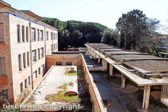 Viterbo - Il saccheggio delle Terme ex Inps