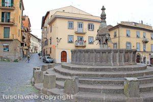 Viterbo - La fontana di San Faustino