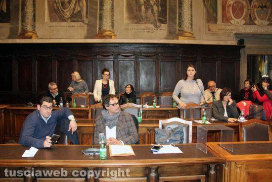 Viterbo - Consiglio comunale straordinario saltato - L'opposizione attacca