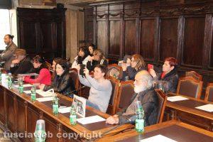 Viterbo - Consiglio comunale straordinario - Cittadini al posto della maggioranza