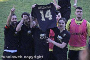 Sport - Calcio - Viterbese - La squadra dedica il gol a Luca Baldassin