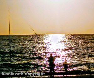 Pescatori al mare a Marina di Cerveteri