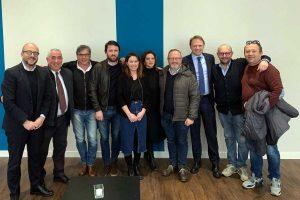 FdI, foto di gruppo con Rotelli e Lollobrigida