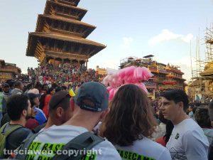 Il gruppo Sisipuòfare è arrivato Kathmandu