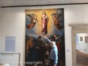 Sutri - Vittorio Sgarbi inaugura la mostra a palazzo Doebbing