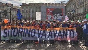 "Torino - Il corteo ""Si Tav"""
