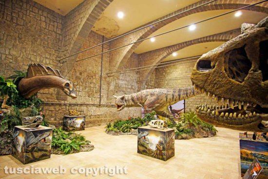"""Viterbo - I dinosauri della """"Terra dei giganti"""""""