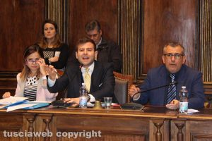 Viterbo - Scontro in consiglio comunale