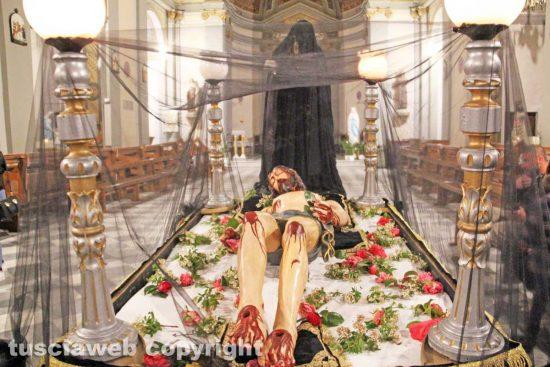 Bagnaia - Il Cristo morto e la madonna nera