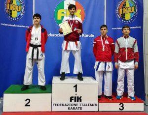 Sport - Campionati italiani di karate - Al centro: Catalin Lencses