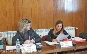 Montefiascone - Il consiglio comunale - La lettura del documento presentato dalla minoranza