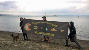 """Capodimonte - """"No ai pesticidi"""", flash mob sul lago di Bolsena"""