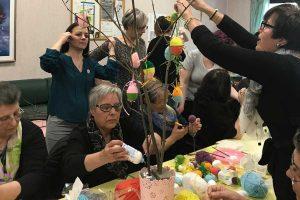 Viterbo - Belcolle - L'incontro di laboratorio creativo con le donne in cura al reparto di oncologia