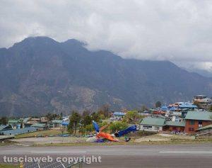 Nepal - Scontro tra aereo e elicottero