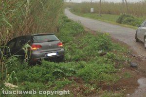 Viterbo - Scontro tra auto in strada Ponte del DiavViterbo - Scontro tra auto in strada Ponte del Diavolo, due feriti gravi.lo, due feriti gravi.