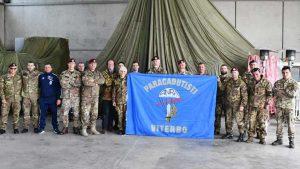 Amputano - Il 43esimo corso di paracadutisti di Viterbo