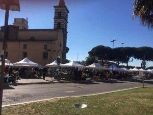 Viterbo - Mercatino dell'antico a piazza dei Caduti