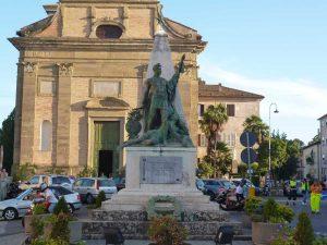 Ronciglione - Il monumento ai Caduti