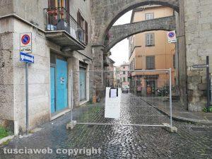 Viterbo - Via Mazzini chiusa al traffico