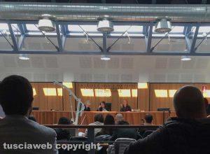 Caprarola - Il sollevatore in tribunale