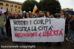 """La manifestazione contro gli atti di violenza fascista """"Mai in silenzio"""" indetta dalla Rete degli studenti medi"""