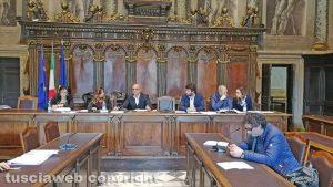 Viterbo - Quarta commissione sulla piscina comunale