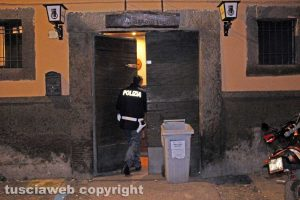 Viterbo - Polizia all'Old Manners