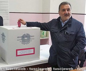 Elezioni europee e comunali - Enrico Panunzi al seggio