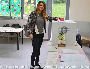 Elezioni europee - L'assessora regionale Alessandra Troncarelli al seggio